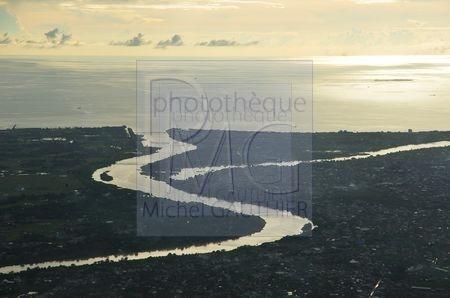 Survol des Sulawesi (Sulawesi)