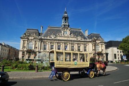 Tours (Indre et Loire)