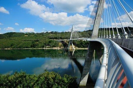 Pont de Térénez (Finistère)
