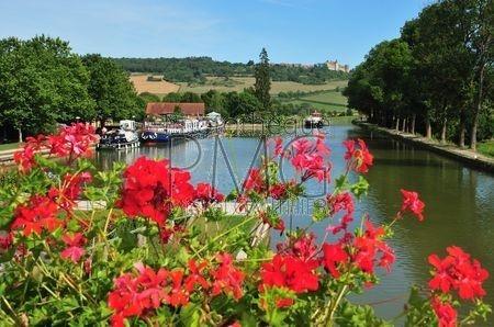Vandenesse en Auxois (Côte d'Or)