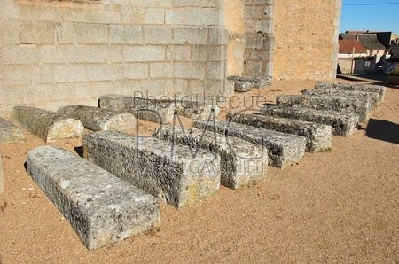Quarré Les Tombes (Yonne)