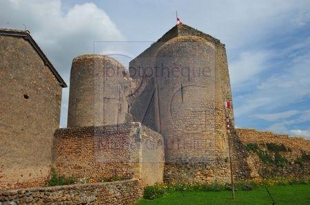 Semur en Brionnais (Saône et Loire)