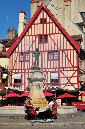 Dijon (Côte d'Or)
