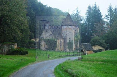 Saint Crépin et Carlucet (Dordogne)