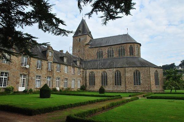 Lonlay l'Abbaye (Orne)