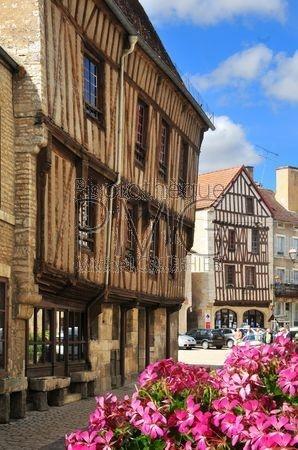 Noyers sur Serein (Yonne)