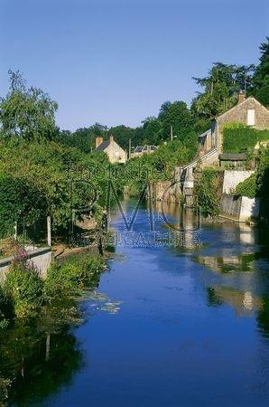 La Chartre sur Loir (Sarthe)